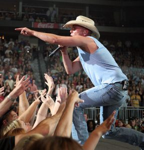 Kenny Chesney performing in 2008.