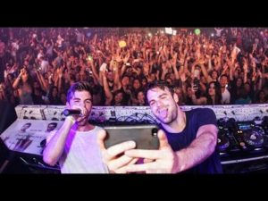 The Chainsmokers in Cocnert